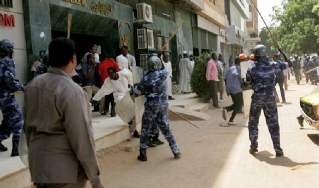 AU suspends Sudan after army killed at least 60 protesters